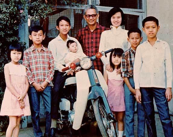 Ảnh gia đình nhạc sĩ Phạm Duy