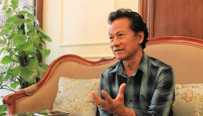 Ca sĩ Chế Linh đến nay vẫn còn hoạt động và phục vụ cho khán giả hâm mộ ông