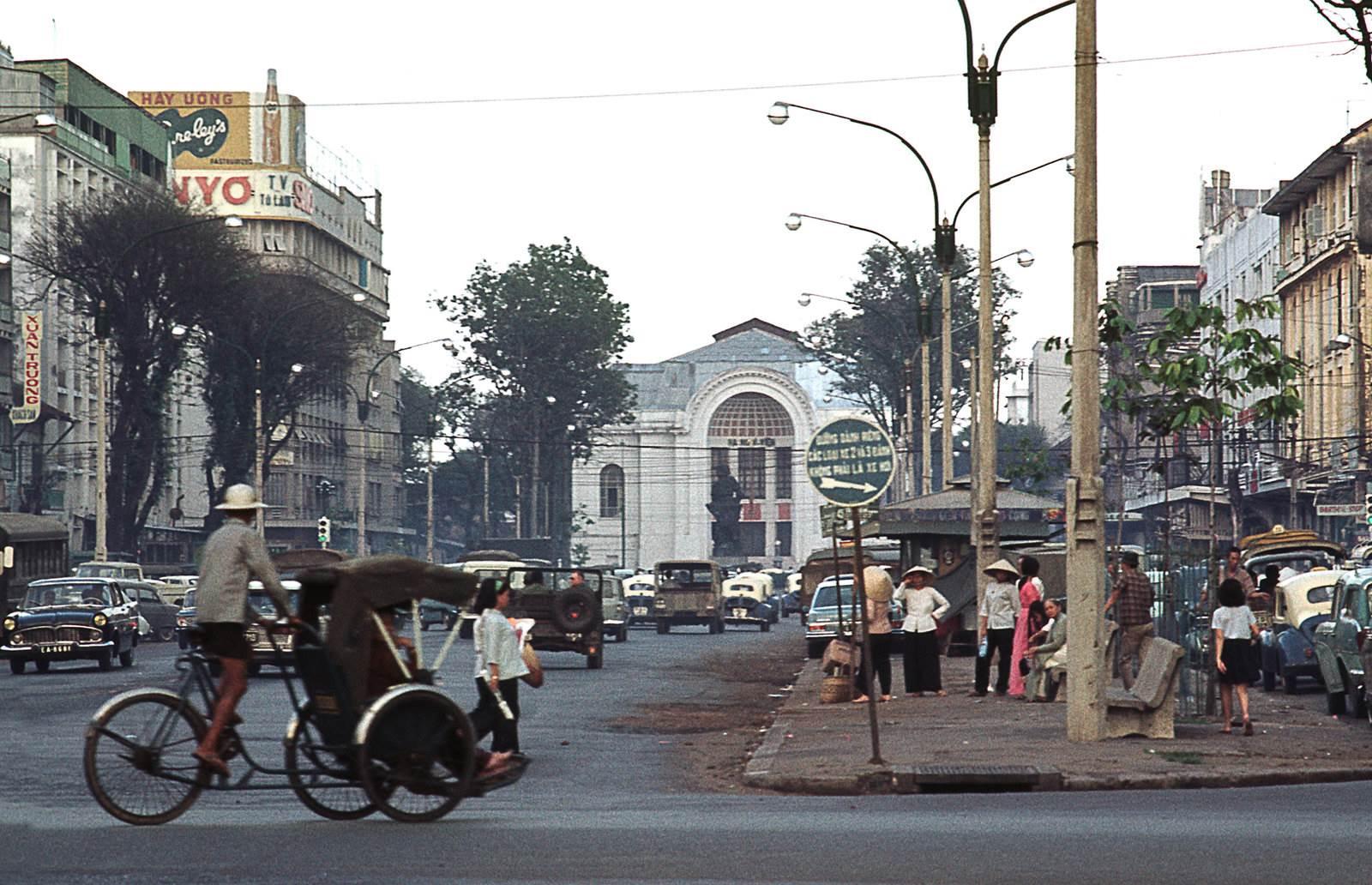 Đại lộ Lê Lợi - Sài Gòn. Ảnh Manh Hai Flickr
