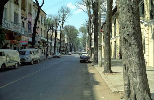 Hình ảnh đường Đồng Khởi những năm 60-70