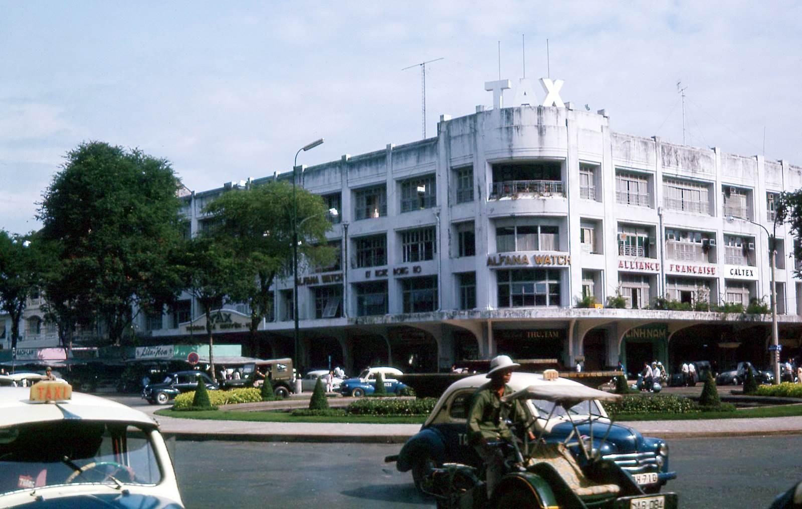 Thương xá TAX - Sài Gòn 1965. Ảnh Manh Hai Flickr