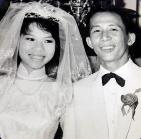 Nhạc sĩ Nguyễn Ánh 9 và bà Ngọc Hân trong ngày cưới