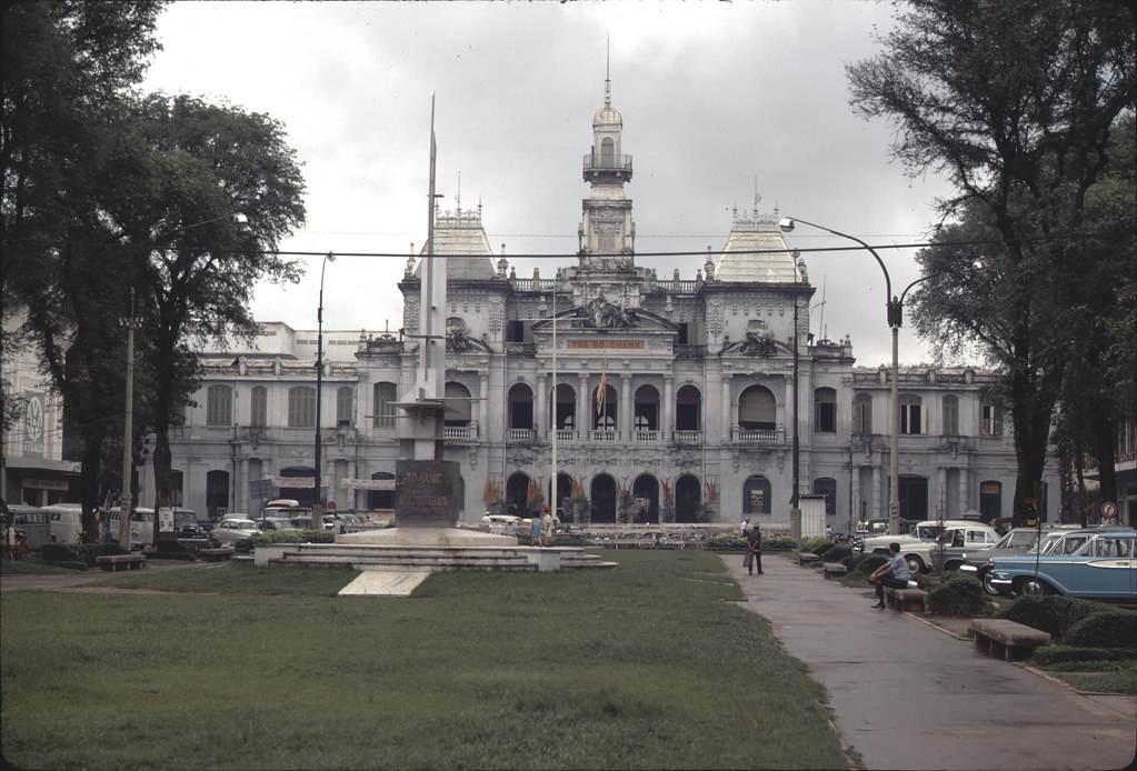 Tòa Đô Chánh nay là Trụ Sở Ủy Ban Nhân Dân Thành Phố Hồ Chí Minh