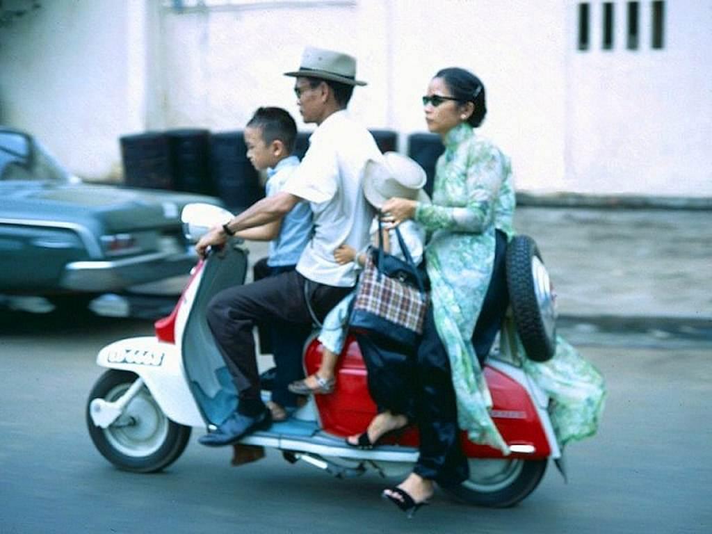 Đại gia đình cùng nhau đi chơi