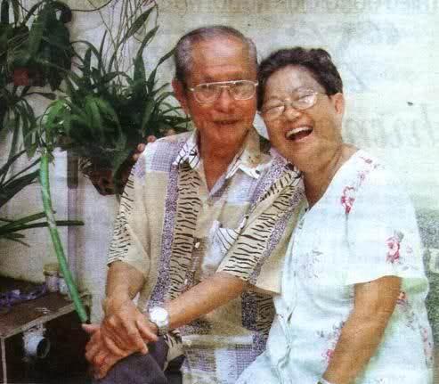 Nhạc sĩ Châu Kỳ và vợ Kha Thị Đàng