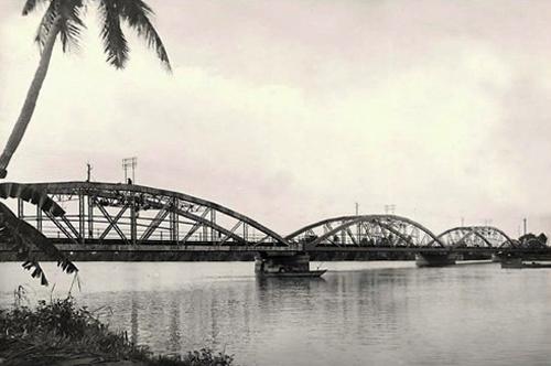 Cầu sắt Bình Lợi năm 1960 - Ảnh: Panoramio