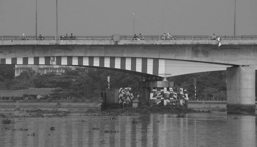 Cầu Bông là một trong những cây cầu đầu tiên được xây dựng trên đất Sài Gòn