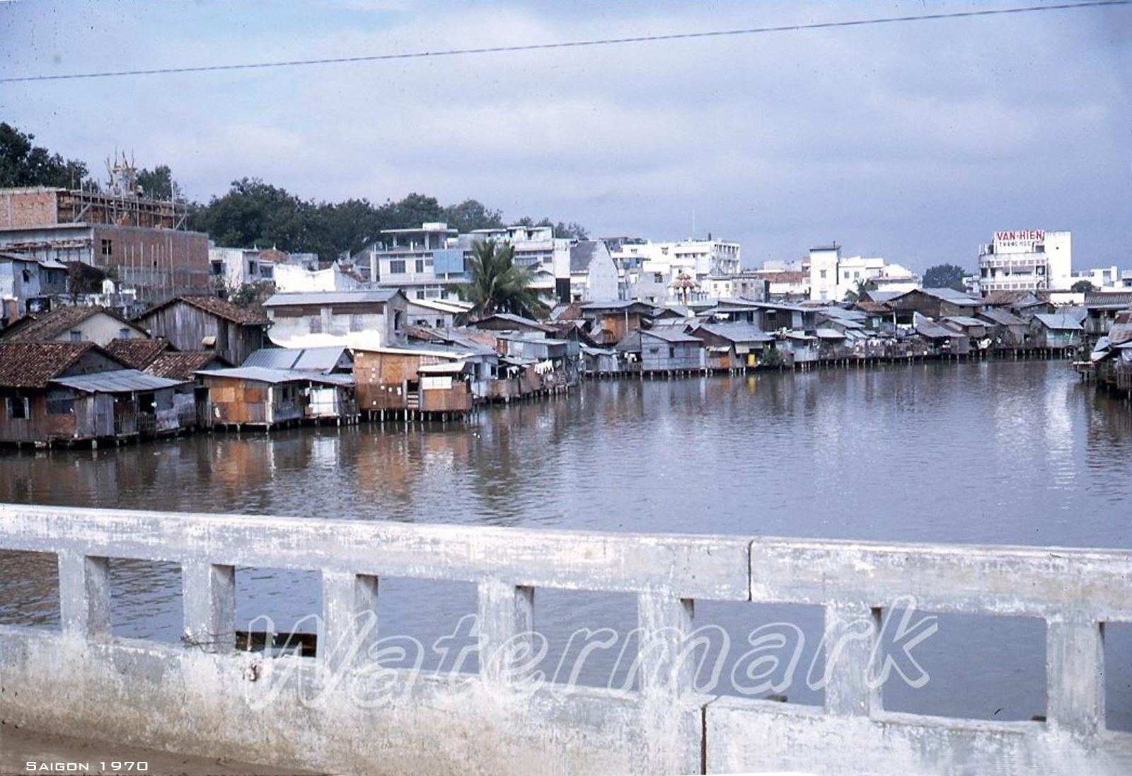 Một góc Sài Gòn nhìn từ cầu Bông - Ảnh năm 1970