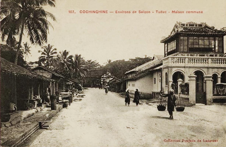Ngôi Đình Linh Chiểu xã phía trước chợ Thủ Đức