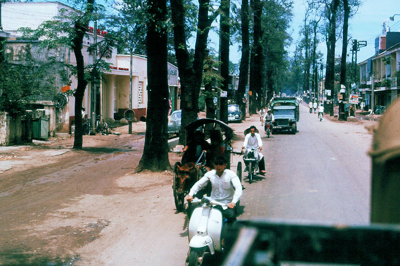 Đường Chi Lăng 1965. Ảnh: Jerry Cecil