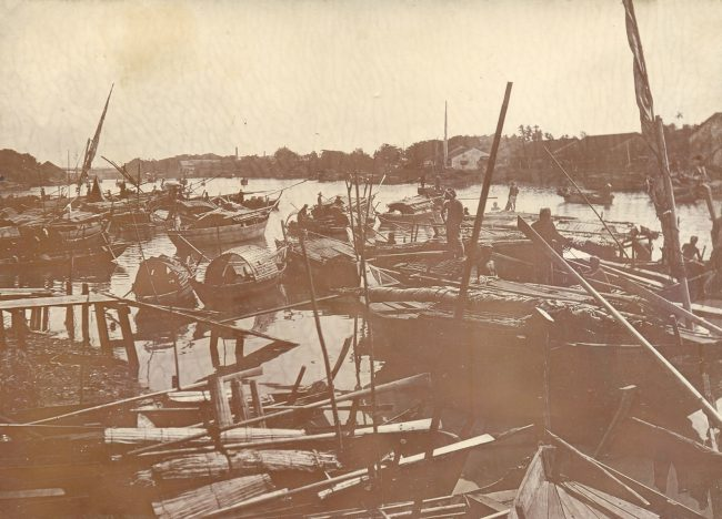 Kênh Tàu Hủ - Sài Gòn 1902. Đây là con kênh huyết mạch của Chợ Lớn xưa.