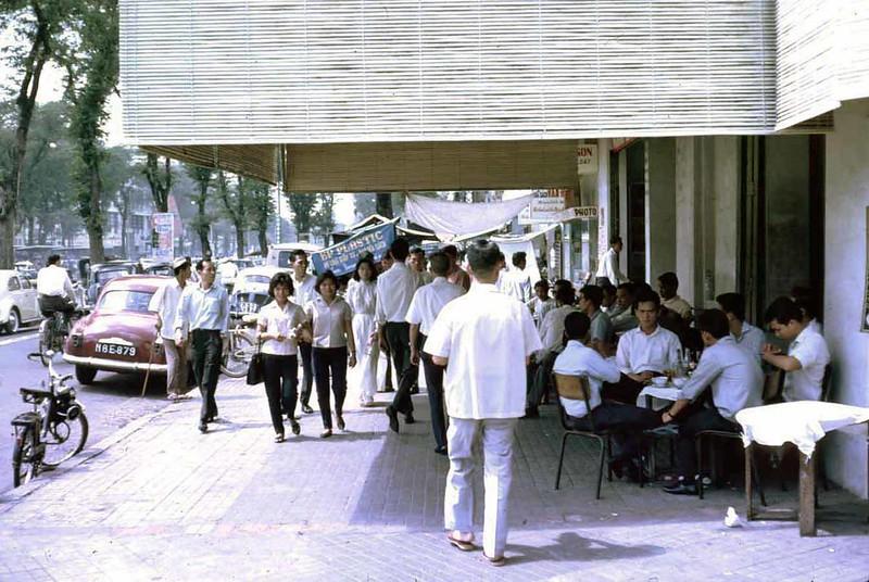 Sài Gòn 1961 - Nhà hàng Kim Hoa góc Lê Lợi - Pasteur